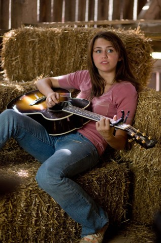 the-hannah-montana-movie-20090326092655984_640w